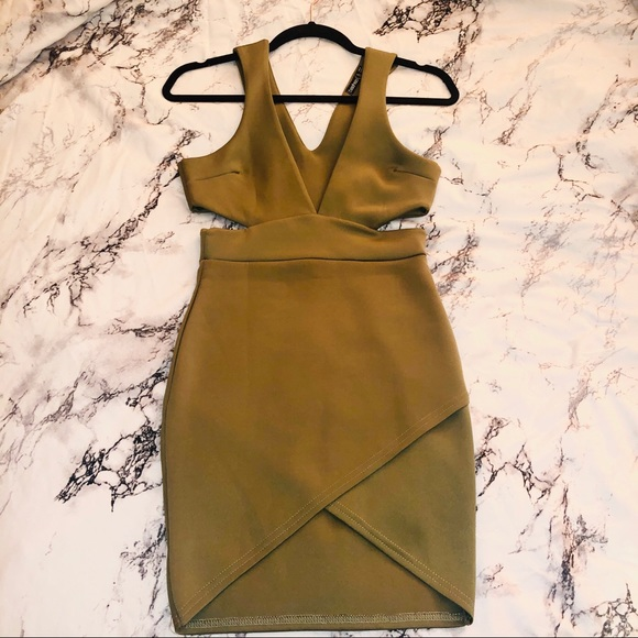 Boohoo Dresses & Skirts - 🔒Olive Cut Out Dress🔒